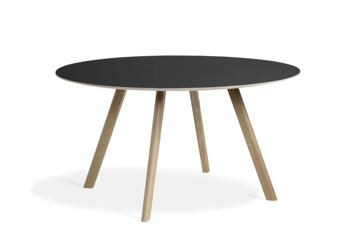 Hay CPH25 Table Round 140 Black Lino/Soaped