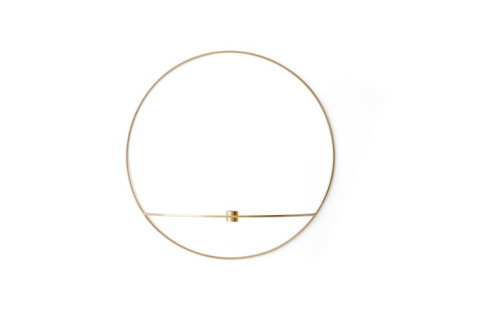 Menu POV Circle Candleholder L Brass