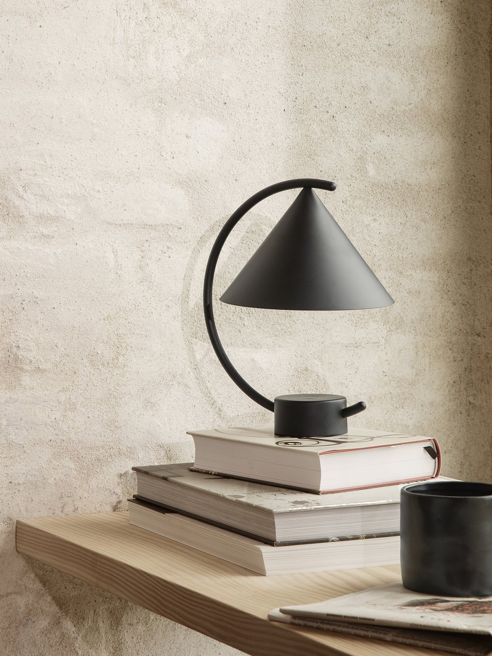 Ferm Living Meridian Lamp Black