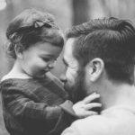 A kutatások alapján az apák sokkal nagyobb hatással vannak a lánygyermekekre, mint az édesanyák!