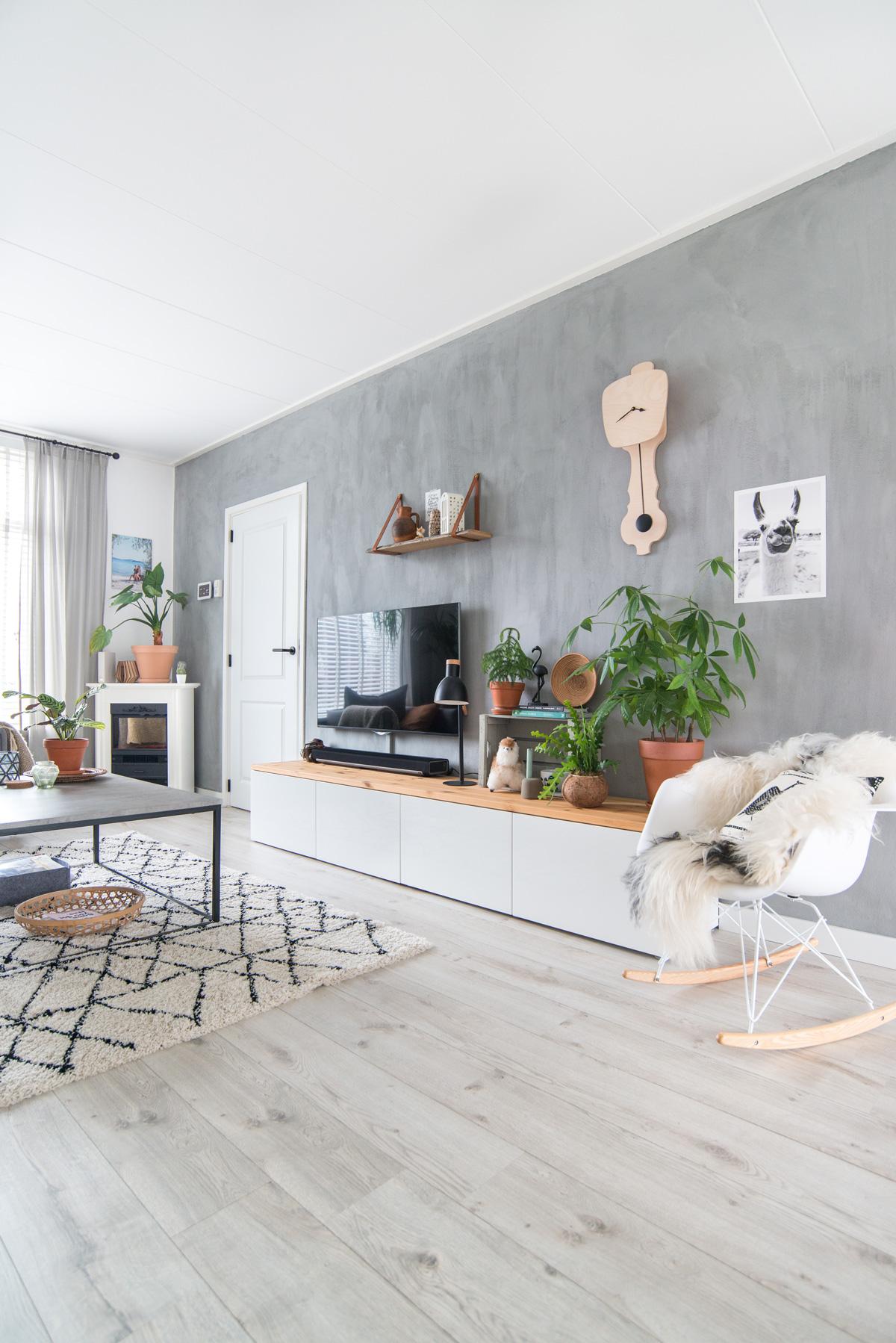 keeelly91 woonkamer kalkverf betonlook planten urbanjungle verandering