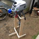 【エンジンスタンドをDIY】材料費1000円&30分で作れるエンジンスタンドの作り方