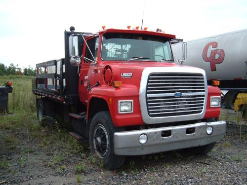 small resolution of 1993 ford l8000 w 16 flatbed