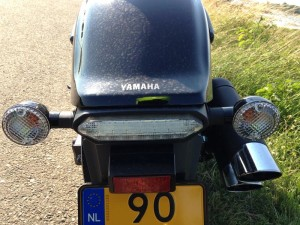 Yamaha_XVS1300_Custom_stoplight_800