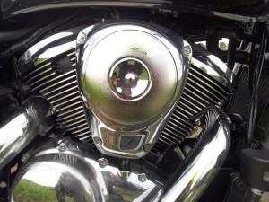 Kawasaki_VN900_engine