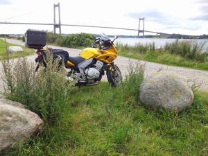 2014-08-de-dk-first-bridge_800