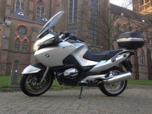 BMW R1200RT Givi V47