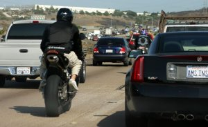california-lane-splitting