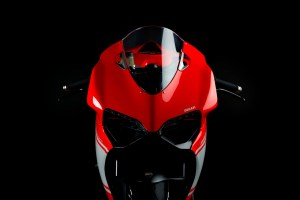 06-2014-ducati-1199-superleggera-studio