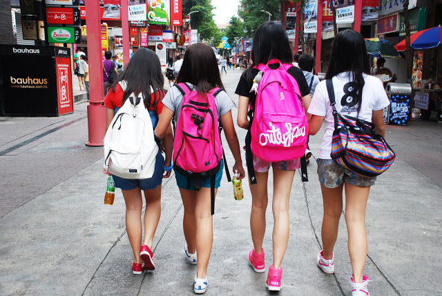 In And Stylish Taipei Street Style Shopping Keep Austin nwP0kX8O