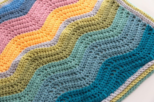 blanket bobbing along stylecraft blogtour aran