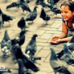 The Girl and the Pigeons at Parque Colon