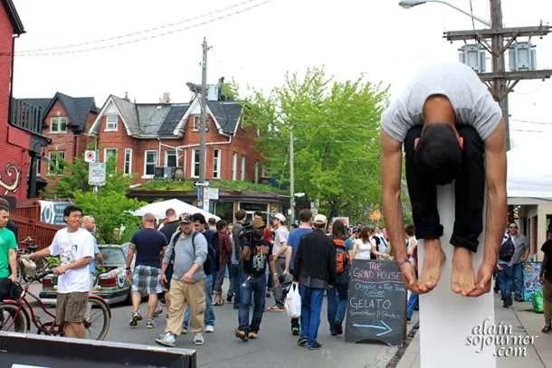 Kensington-Market-Pedestrian-Sunday-2011-2