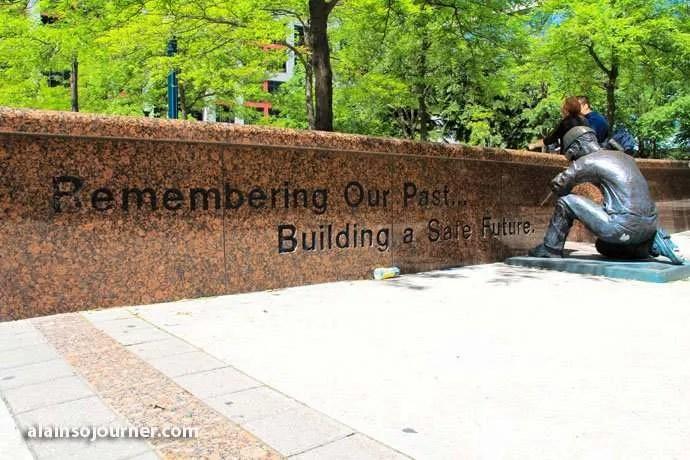 Toronto Public Arts The Builder