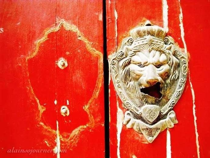 Chinese house Doors