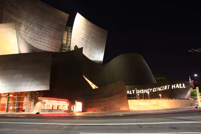 Walt Disney Concert Hall is Simply Beautiful at Night!