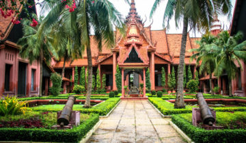 National Museum of Cambodia (Phnom Penh) is an open-concept museum that is both unique and interesting.