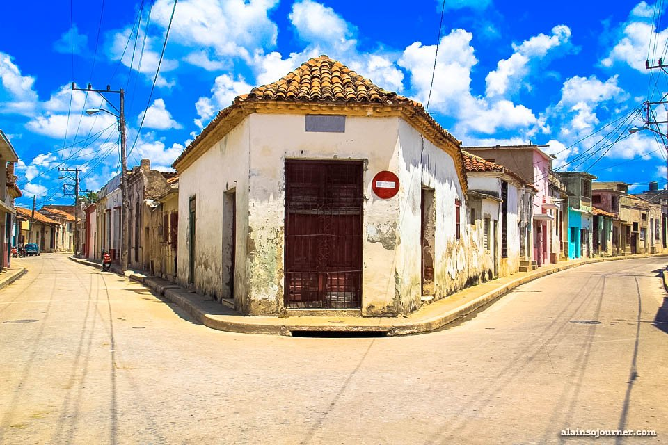 Things to do in Cuba: Get lost in the labyrinth in Camaguey.