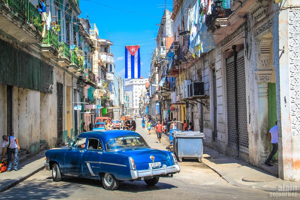 Things to do in Cuba: Explore the streets of Havana.