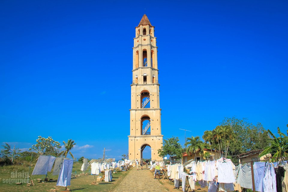 Things to do in Cuba: Climb a tower. / Valle de los Ingenios in Trinidad.