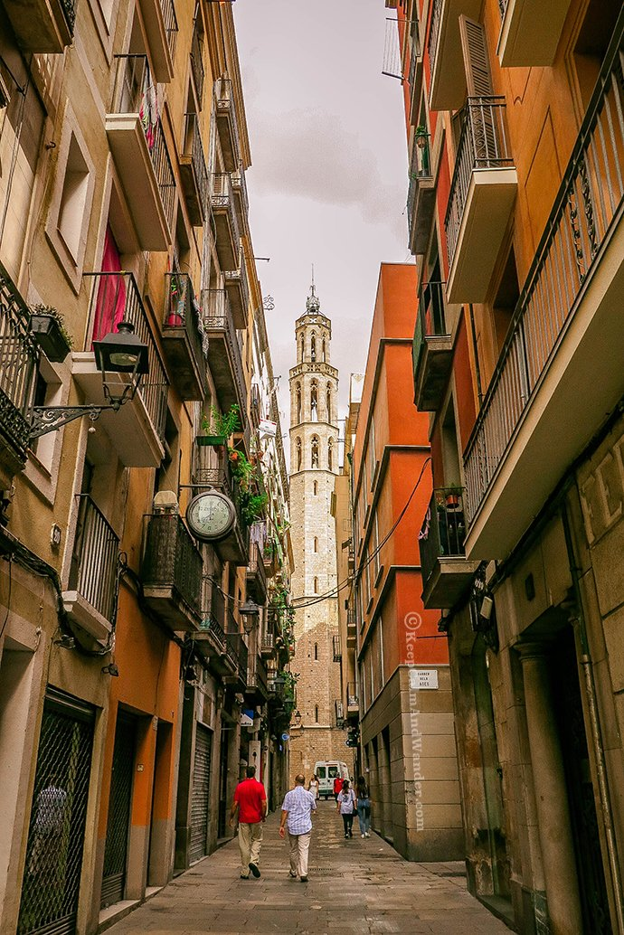 Step back in Time at Barri Gotic (Barcelona, Spain)