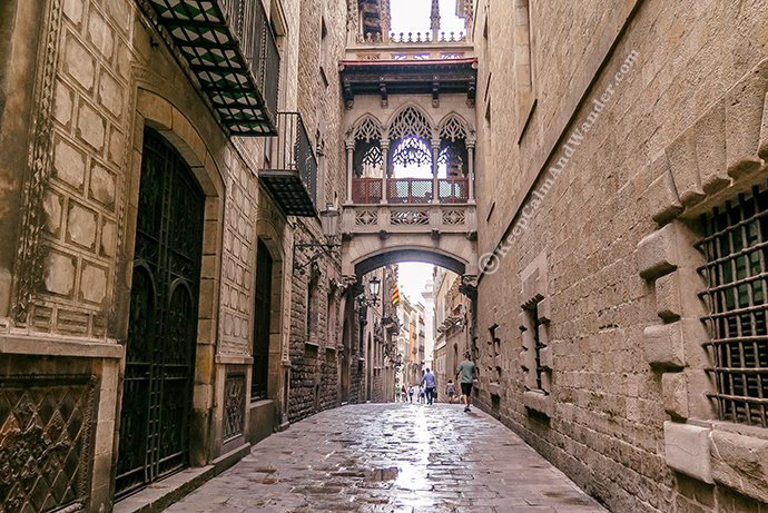 Calle Bisbe Step back in Time at Barri Gotic (Barcelona, Spain)