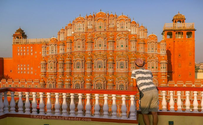 Hawa Mahal - A Pink-Washed Palace of the Wind in Jaipur (Rajasthan, India)