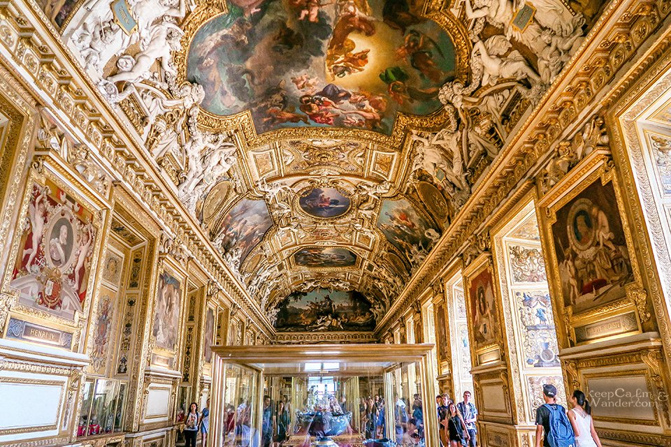 10 Masterpieces Not To Miss at Louvre Museum in Paris (France). / Galerie de Appolon