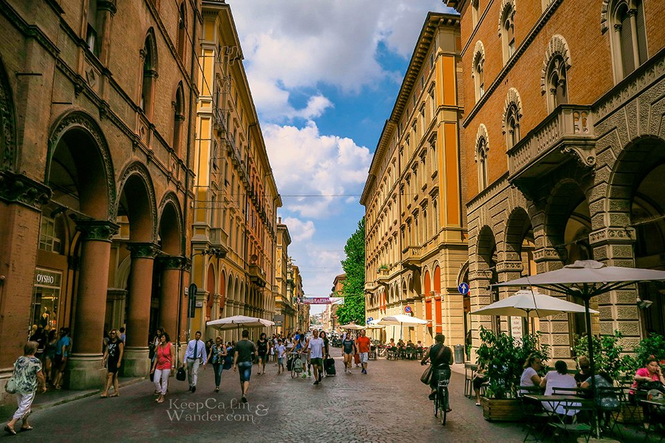Travel Itinerary: A Day in Bologna (Via Indipendenzia - Italy).