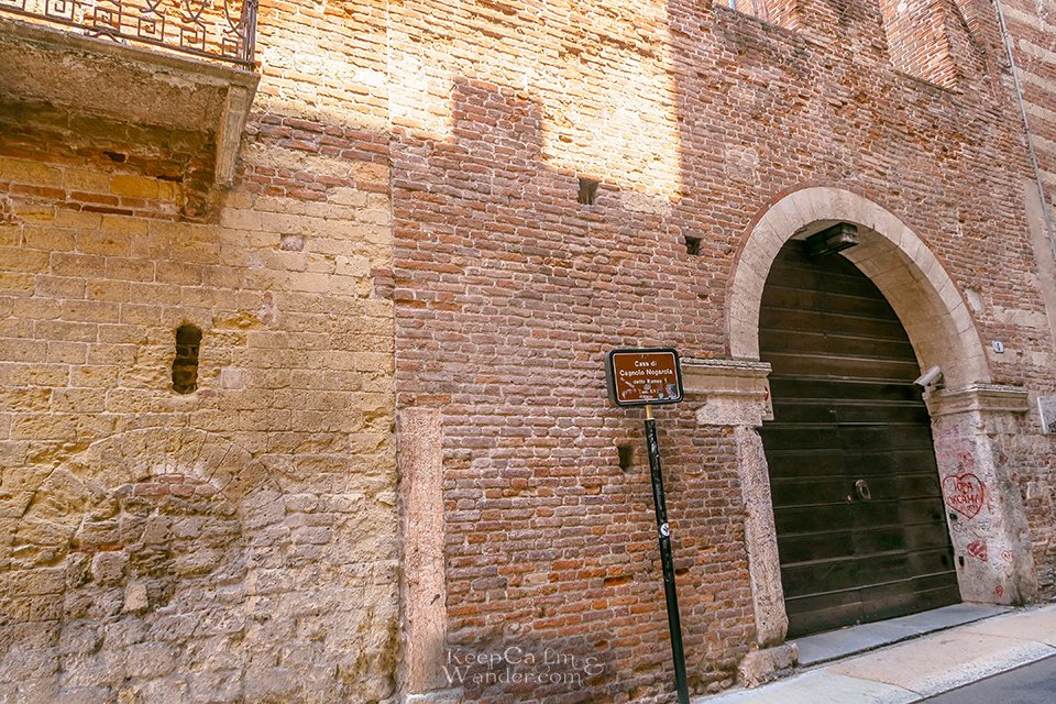 Travel Itinerary: A Day in Verona, Italy (Romeo's House).