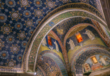5 Interesting Facts About Mausoleo di Galla Pacidia in Ravenna (Italy).