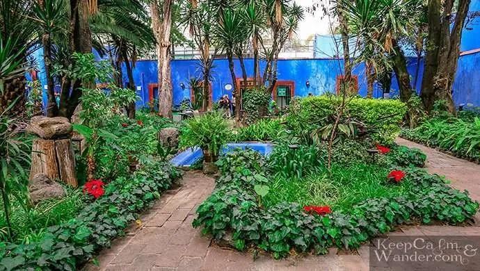 garden blue house Frida Casa Azul