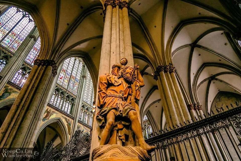 Inside Cologne Cathedral (Germany). Travel Blog Koln
