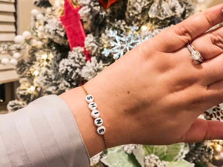 gift guide//personalized gifts
