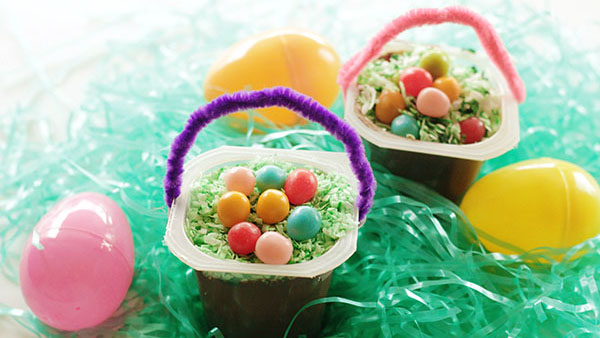 2-Minute Easter Basket Pudding Cup Snacks