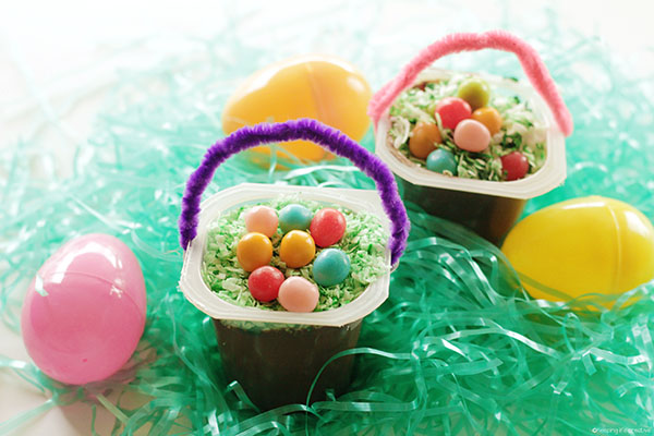 2-minute Easter Basket Pudding Cup Snack