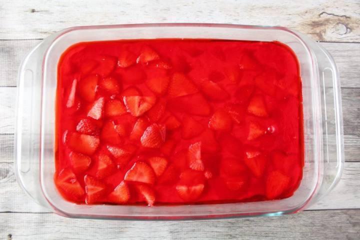 Weight Watchers Freestyle Strawberry Pretzel Jello Dessert WW