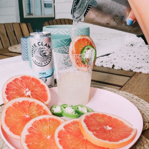 White Claw Spicy Grapefruit Fizz Recipe