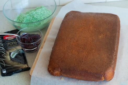 dinosaur cake ready to cut