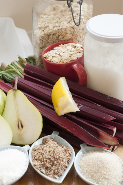 rhubarb and pear crumble ingredients