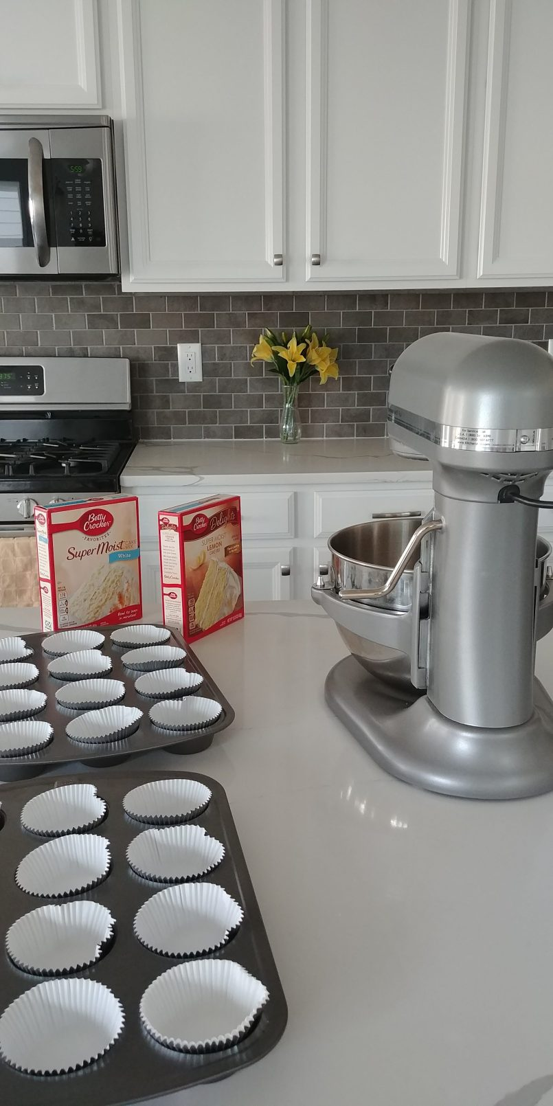 Wedding Cupcakes and Kitchen Aid