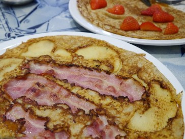Apple, cheese, and bacon pancake -Yum!