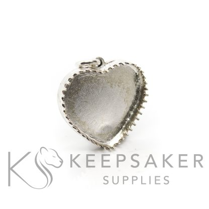 18mm heart setting 935 high quality solid silver. Exclusive scalloped settings from Keepsaker Supplies in anti-tarnish silver