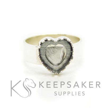 chunky band heart ring from the front, handmade with solid silver