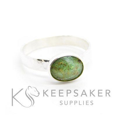 wide band ring settings Umbilical cord and green hammered ring, basilisk green resin sparkles. Solid silver hand made setting. The deep brown colour comes from the natural tones of the umbilical cord