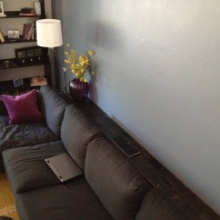 Behind The Sofa Table Simmons Upholstery Dublin Briar Sectional Diy Couch Distressed Shelf  Keeps On Ringing