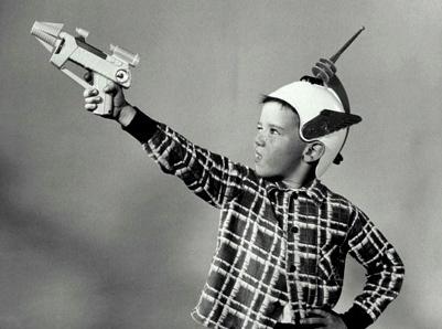 remco_gun_boy2