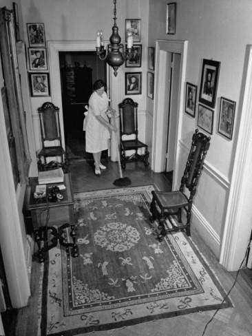maid-cleaning-upstairs-hallway-inside-blair-house
