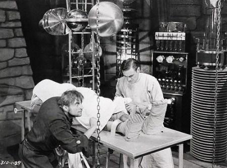 frankenstein-1931-laboratory