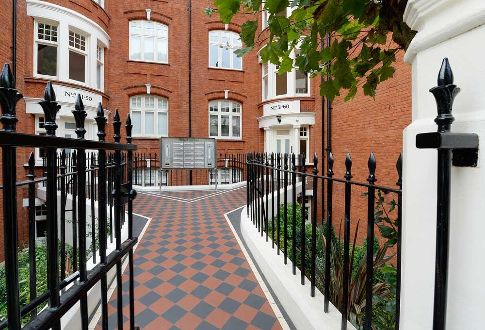 Hamlet Gardens Flats to let Hammersmith W6 Ravenscourt Park